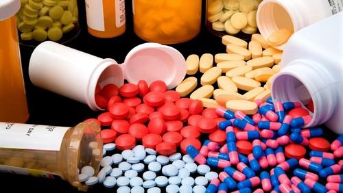 Антибиотики при колите