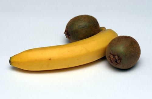 Банан и киви