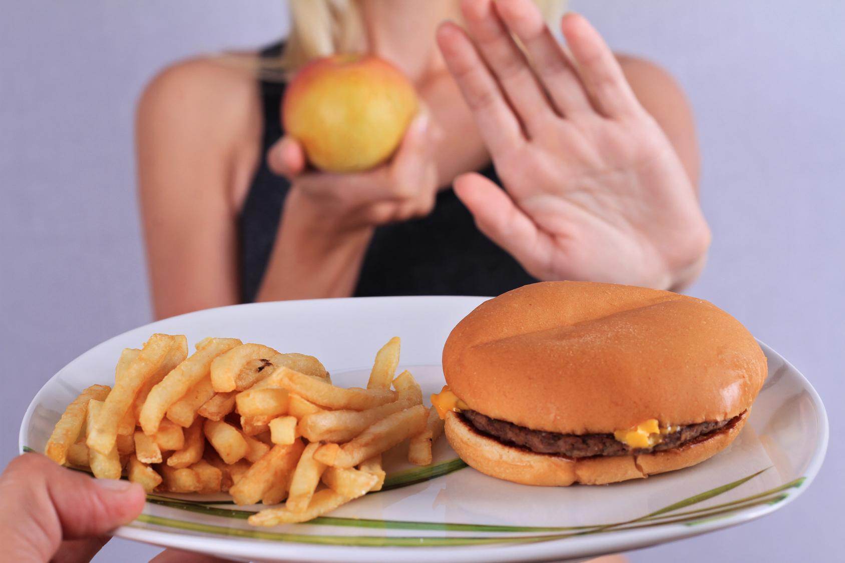 Нездоровое питание - причина метеоризма