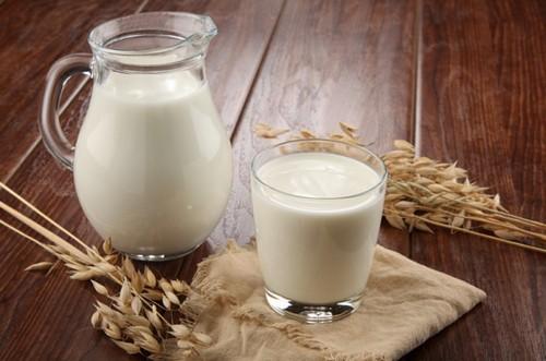 Молоко помогает корректировать вес
