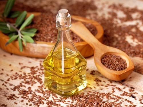 Льняное масло способствует снижению лишнего веса