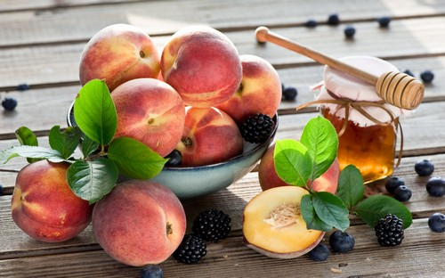 При холецистите следует воздержаться от употребления фруктов на голодный желудок