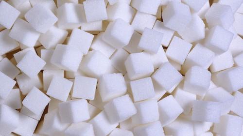 В период обострения, сахар, все таки, употреблять нежелательно