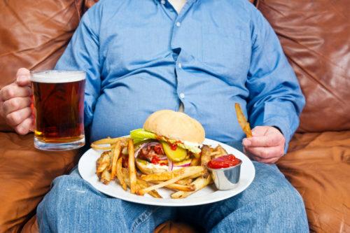 Злоупотребление алкоголем и жирной пищей