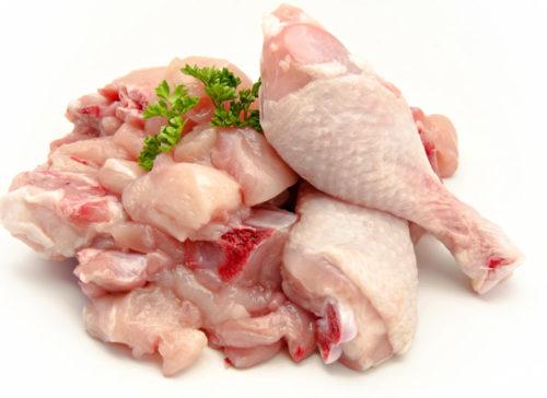 Уникальный состав курятины ставит продукт на первые позиции в рейтинге среди всех диетических видов мяса